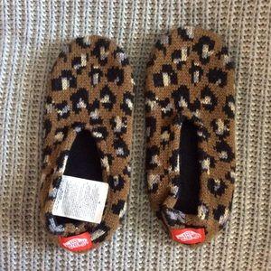 Vans cozy slip on slippers. Women's size M/L.